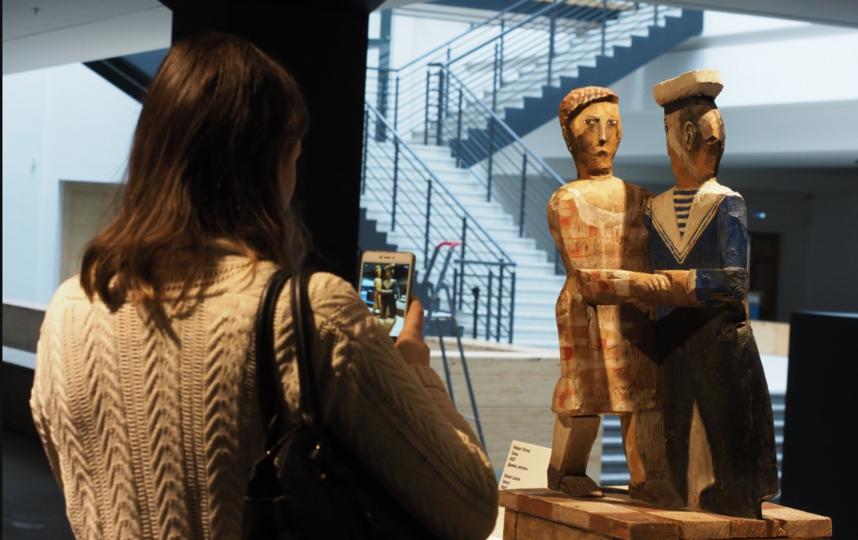 """Манеж призывает трогать экспонаты. Фото Святослав Акимов, """"Metro"""""""