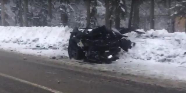 В ДТП на Приморском шоссе в Петербурге пострадали двое. Видео