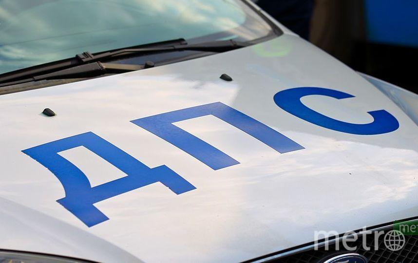 В ДТП с легковушкой и МАЗом на Киевском шоссе в ТиНАО погиб один человек. Фото Василий Кузьмичёнок