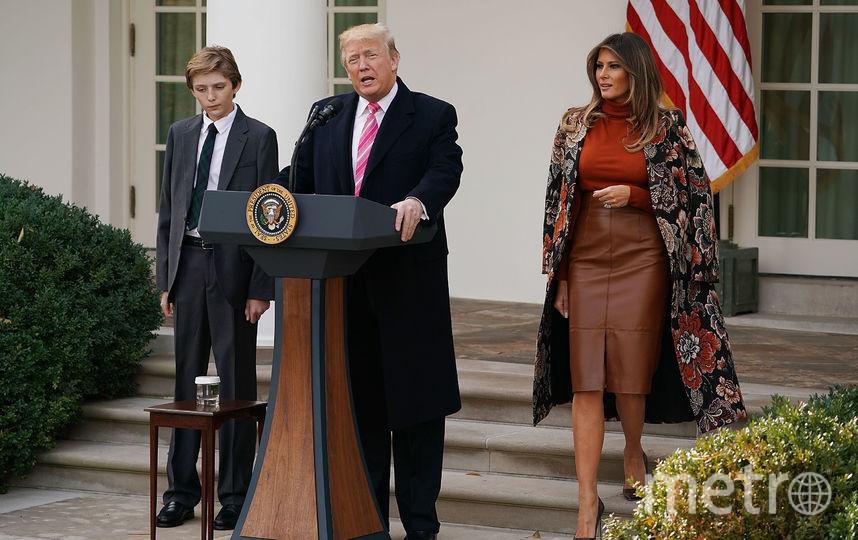 Дональд Трамп с женой Меланией и сыном Бэрроном. Фото Getty