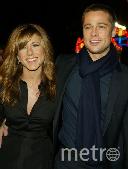 """Брэд Питт и Дженнифер Энистон на премьере фильма """"А вот и Полли"""" в 2004 году в Лос-Анджелесе. Фото Getty"""