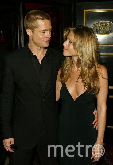 Брэд Питт и Дженнифер Энистон в 2004 году в Нью-Йорке. Фото Getty