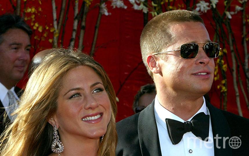 Брэд Питт и Дженнифер Энистон на премии «Эмми», 2004 год, Лос-Анджелес. Фото Getty