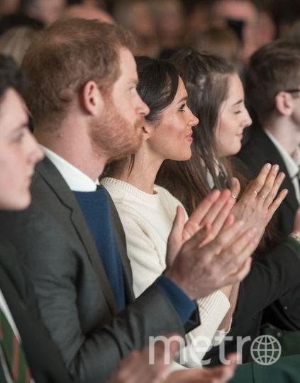 Принц Гарри и Меган Маркл в светлом прилетели в Северную Ирландию. Фото Getty