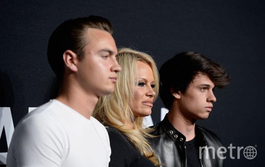 Памела Андерсон с сыновьями. Фото Getty
