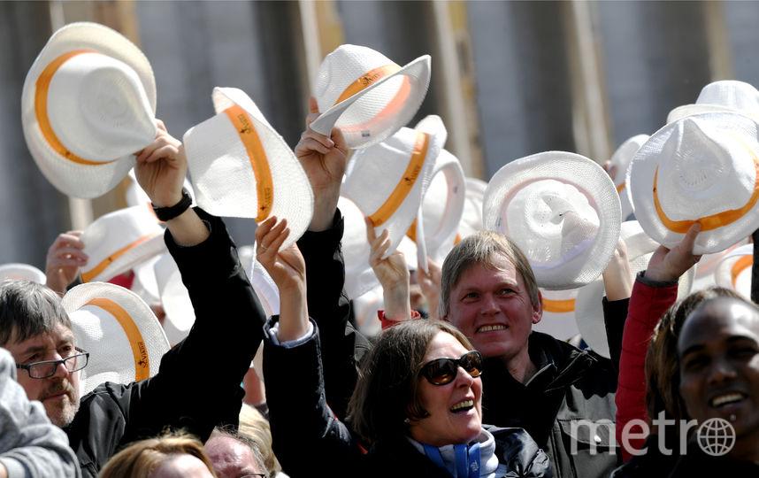Папа римский Франциск в шестой раз возглавил богослужение в Ватикане по случаю Пальмового воскресенья, которое сегодня отмечают католики. Фото AFP