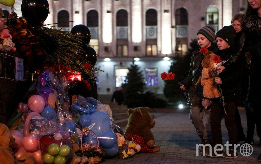 В столице 27 марта прошли две акции в память о погибших в Кемерово – cтихийная и официальная. Фото AFP
