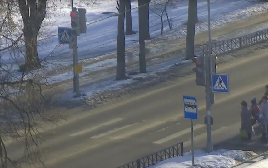 Скриншот видео ГИБДД по СПб и ЛО с места ДТП. Фото Скриншот Youtube