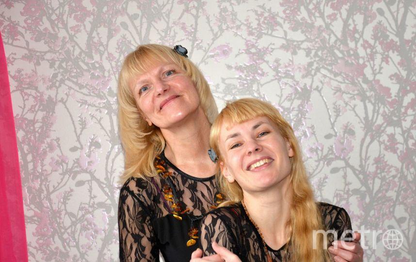 """Мама- Жанна Валентиновна Кузнецова- красавица, умница, прекрасная хозяйка, спортсменка, самая лучшая жена, мама и тёща. Дочка- Диана Кузнецова- гордится своей прекрасной мамой и старается равняться на неё. Диана- актриса, руководит театром-студией """"Верба"""", в котором играет на сцене, ведёт театральные студии и так же является хореографом. Фото Диана Кузнецова"""