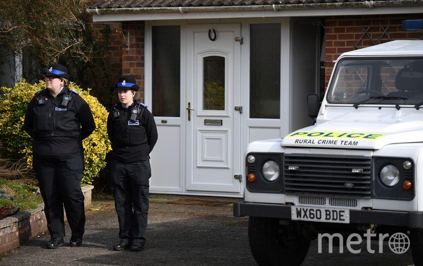 Полиция нашла «Новичок» на двери в доме Скрипаля. Фото AFP