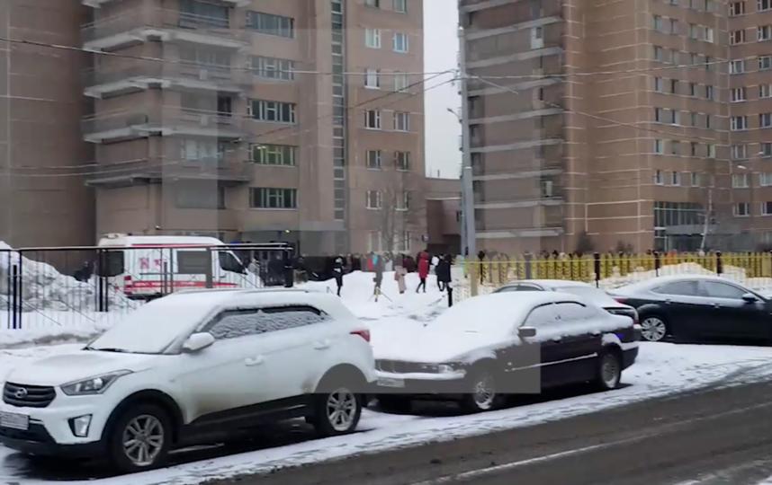 Более 220 человек эвакуированы из-за пожара в общежитии МСХА в Москве. Фото Все - скриншот YouTube