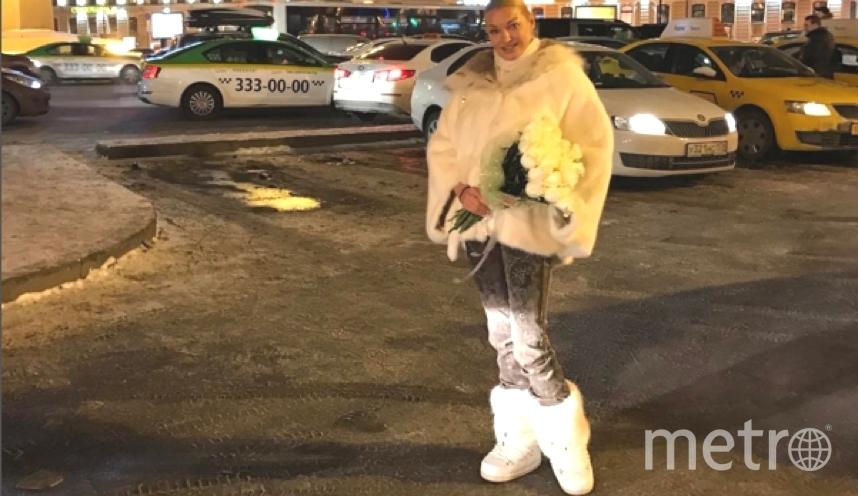 Волочкова делится откровенными фото в своем блоге.