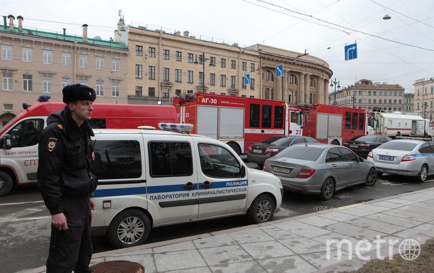 """Эти фото сделаны в день взрыва в метро 3 апреля 2017 года. Фото Алена Бобрович, """"Metro"""""""