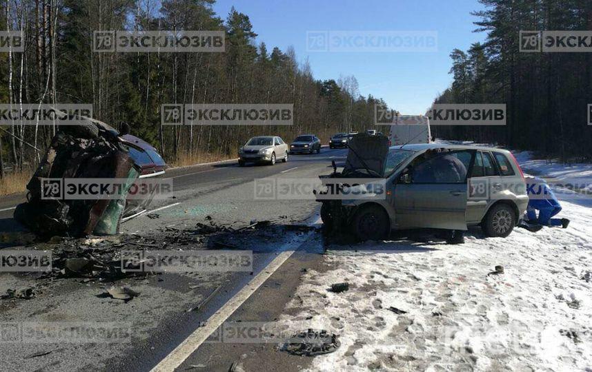 """В жутком ДТП на трассе """"Скандинавия"""" погиб человек, есть пострадавшие: Фото. Фото 78.ru"""