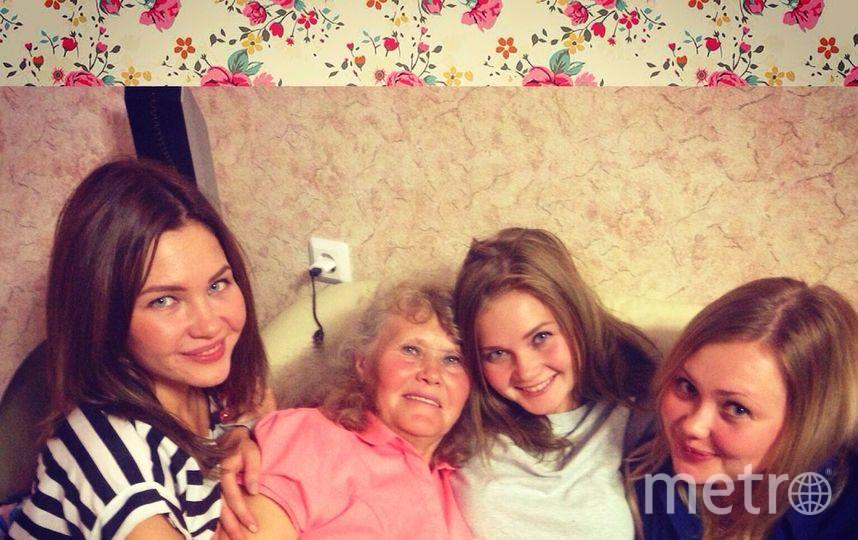 Мария, Катя, Олеся (дочки) и Елизавета (мама) Коваленко. Фото Мария