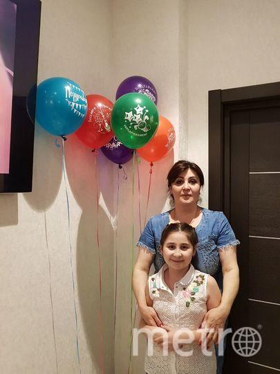 Мама Регина и дочь Тамила Хусеиновы. Фото Пётр