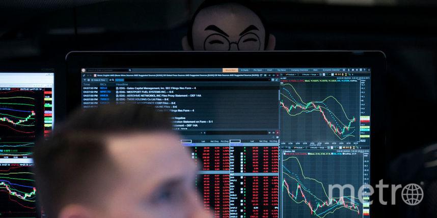 Доллар и евро продолжают активный рост. Фото Getty