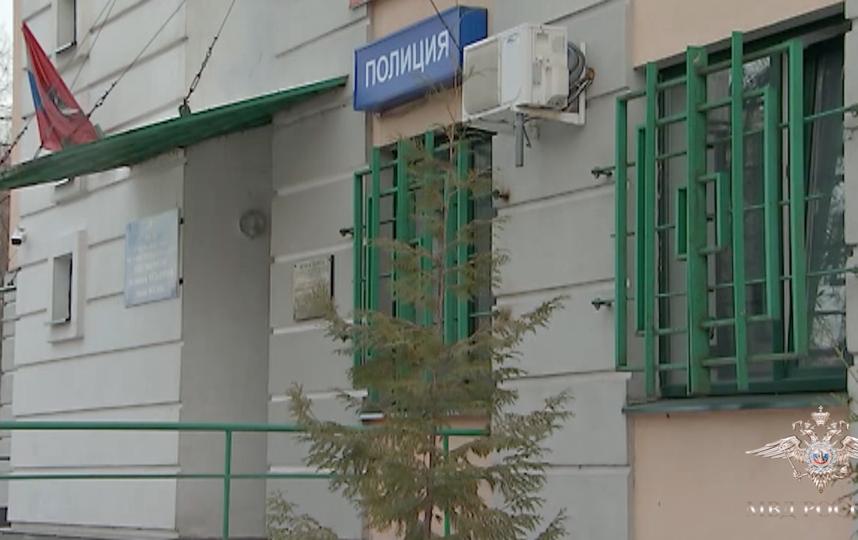 Москвич открыл стрельбу из окна по детской площадке, один ребёнок госпитализирован. Фото ГУ МВД РФ по Москве