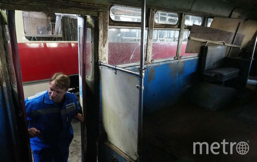 """Технику готовят к параду. Фото Святослав Акимов, """"Metro"""""""
