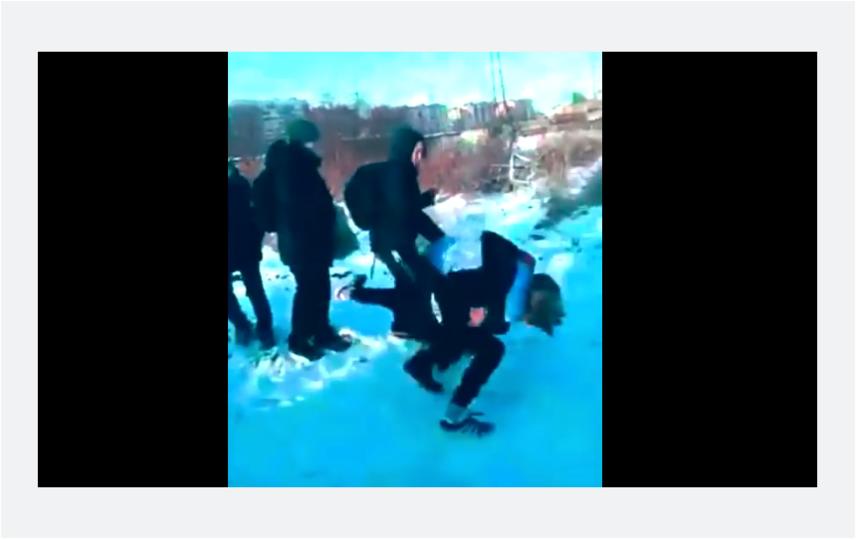 В Петербурге прошла серия избиений подростками своих сверстников. Фото Скриншот Youtube
