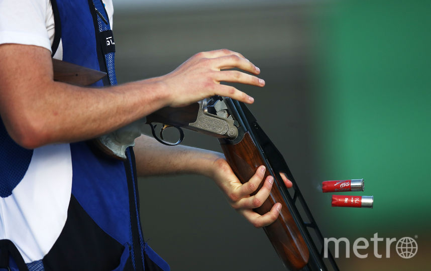 Петербуржец разбудил соседей стрельбой из ружья в парадной. Фото Getty