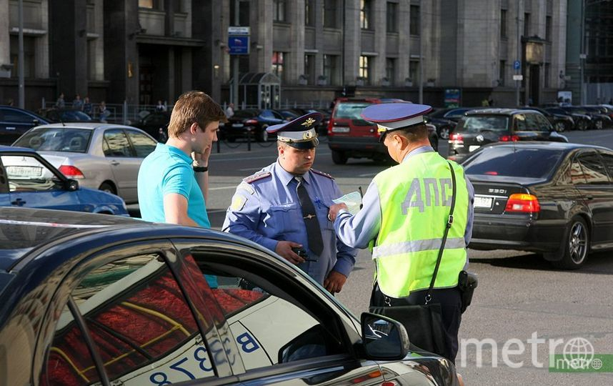 """Полицейским запретили хмуриться, посещать """"Макдоналдс"""" и изменять супругам. Фото Василий Кузьмичёнок"""