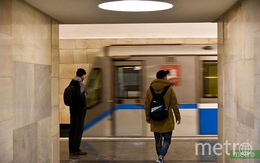 """18-летний студент погиб, попав под поезд на станции метро """"Университет"""" в Москве. Фото Василий Кузьмичёнок"""