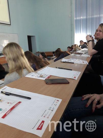 """11 тыс. петербуржцев написали """"Тотальный диктант"""". Фото Софья Сажнева, """"Metro"""""""