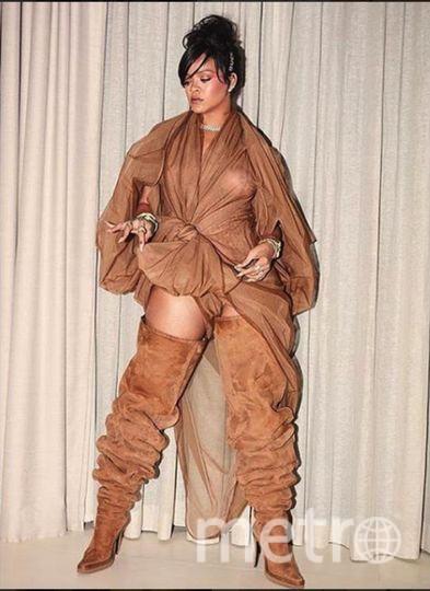Рианна шокировала общественность голым нарядом.