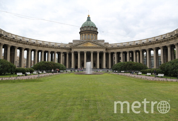 19апреля в северной столице включат фонтаны