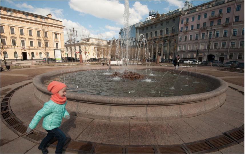 """Запуск фонтанов в 2017-м году был 19 апреля. Фото Святослав Акимов, """"Metro"""""""