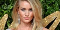 Рози Хантингтон-Уайтли исполняется 31: лучшие наряды звезды Victoria's Secret