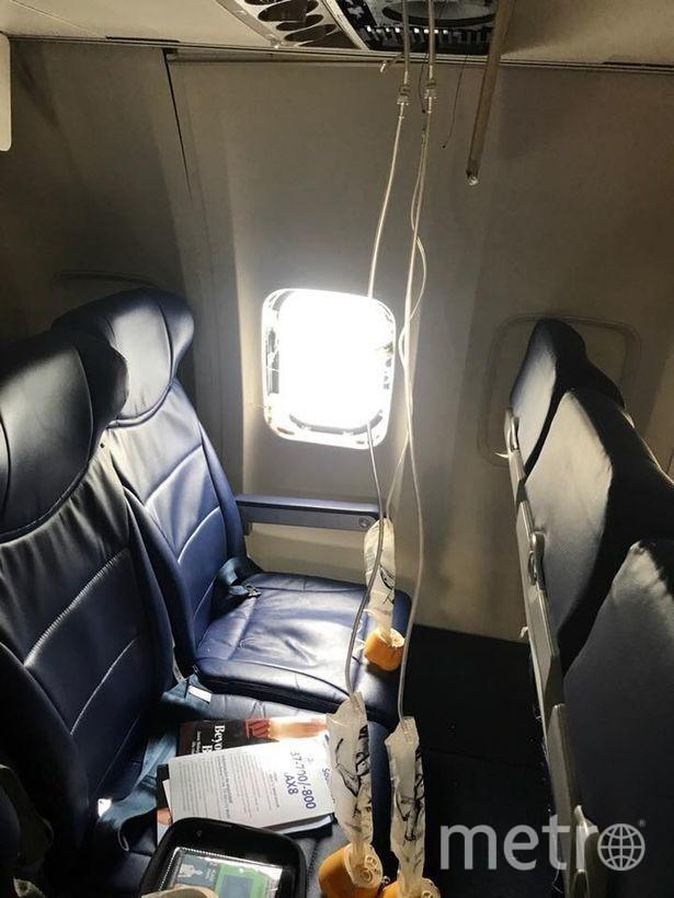 Фото того самого места в самолете, где выбило иллюминатор. Фото https://www.facebook.com/jennifer.riordan.589