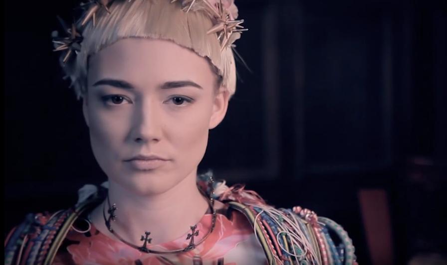 Оксана Акиньшина. Фото Скриншот Youtube