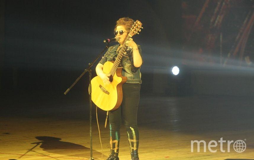 """Одна из участниц спела песню на французском языке. Фото Михаил Садчиков-младший, """"Metro"""""""