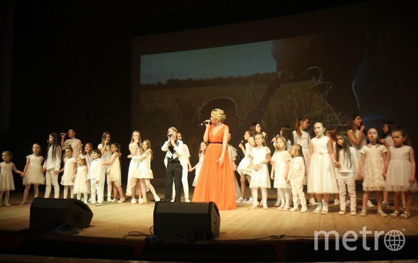"""Концерт """"Мы можем"""" завершился хоровым выступлением. Фото Михаил Садчиков-младший, """"Metro"""""""