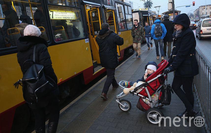 В метро запретят перевозить детей в колясках. Фото Getty