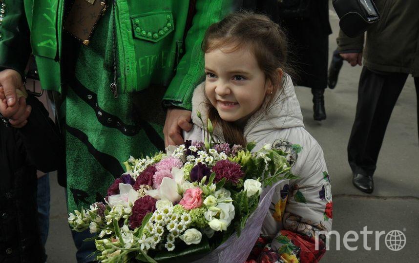 """Алла-Виктория охотно позировала камерам . Фото Михаил Садчиков-младший, """"Metro"""""""