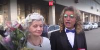 Все возрасты покорны: Фрик Гоген Солнцев показал селфи с 72-летней женой в постели