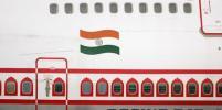 Во время полёта у самолёта Air India выбило иллюминатор. Видео