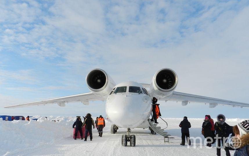 """Ледовый аэродром на """"Барнео"""", принимающий регулярные рейсы Ан-74. Фото Виктор Олейник, """"Metro"""""""