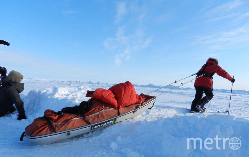 """Каждый из участников экспедиции имеет в своих санях необходимый запас продовольствия, в который входит вода, пища и топливо для обогрева палатки. Фото Виктор Олейник, """"Metro"""""""