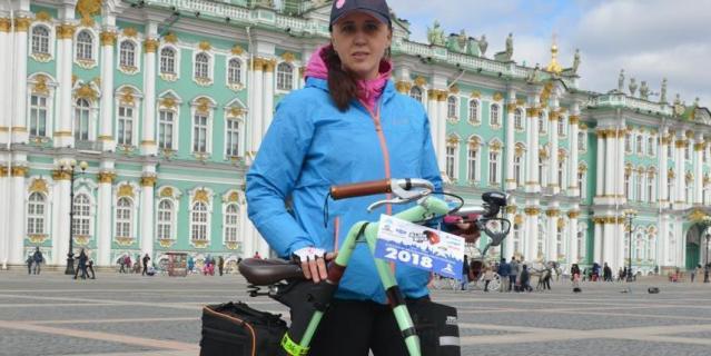 В городе красочно и ярко стартовал велосезон.