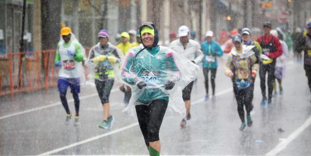 В этом году Бостонский марафон стал проверкой на прочность и испытанием на выживание.
