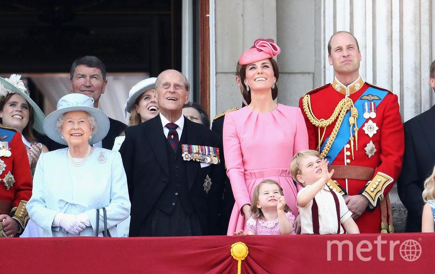 Общее фото королевской семьи. Фото Getty
