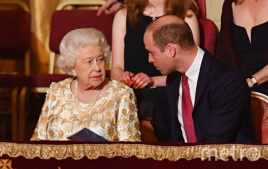 Елизавета II и принц Уильям. Фото AFP