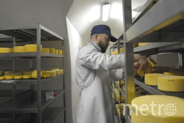 Так готовят сыр в монастыре. Фото Станислав Марченко/ ИА «Вода живая»