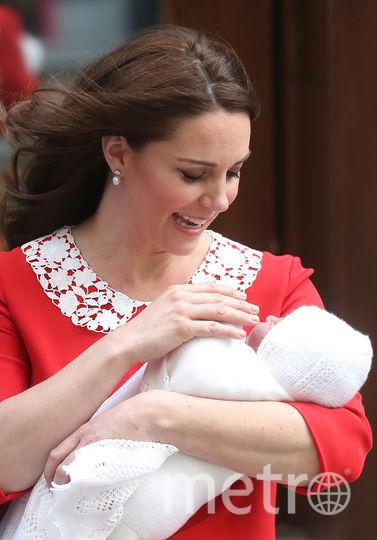 Кейт Миддлтон с новорождённым сыном. Фото Getty