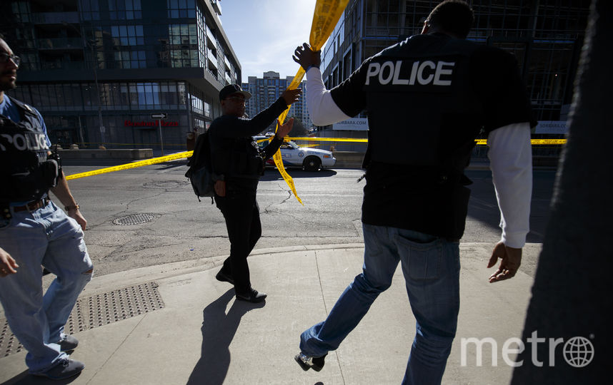 Жертвами наезда на пешеходов в Торонто стали 10 человек. Фото AFP