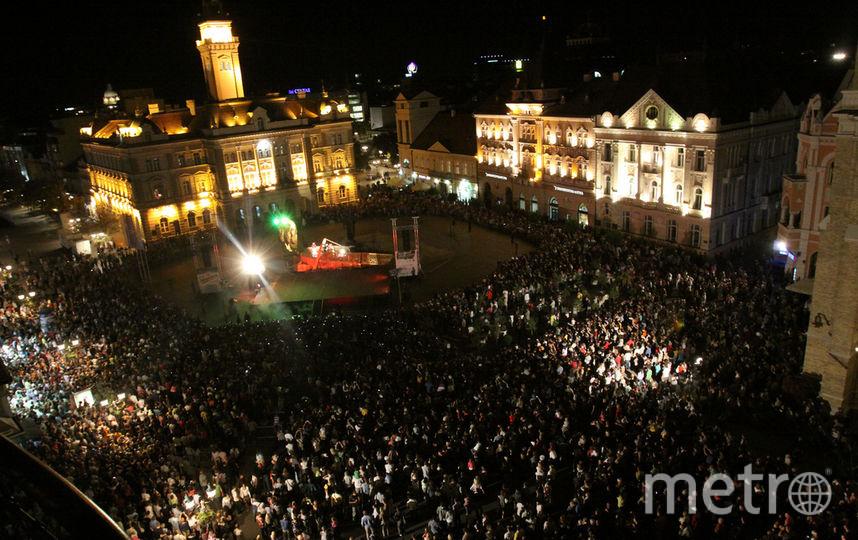 Город превратится в большую сцену. Фото ulicnisviraci.com